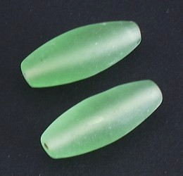 Glasperle * Olive/Spindel * Chrysolite * 35x12x-13mm